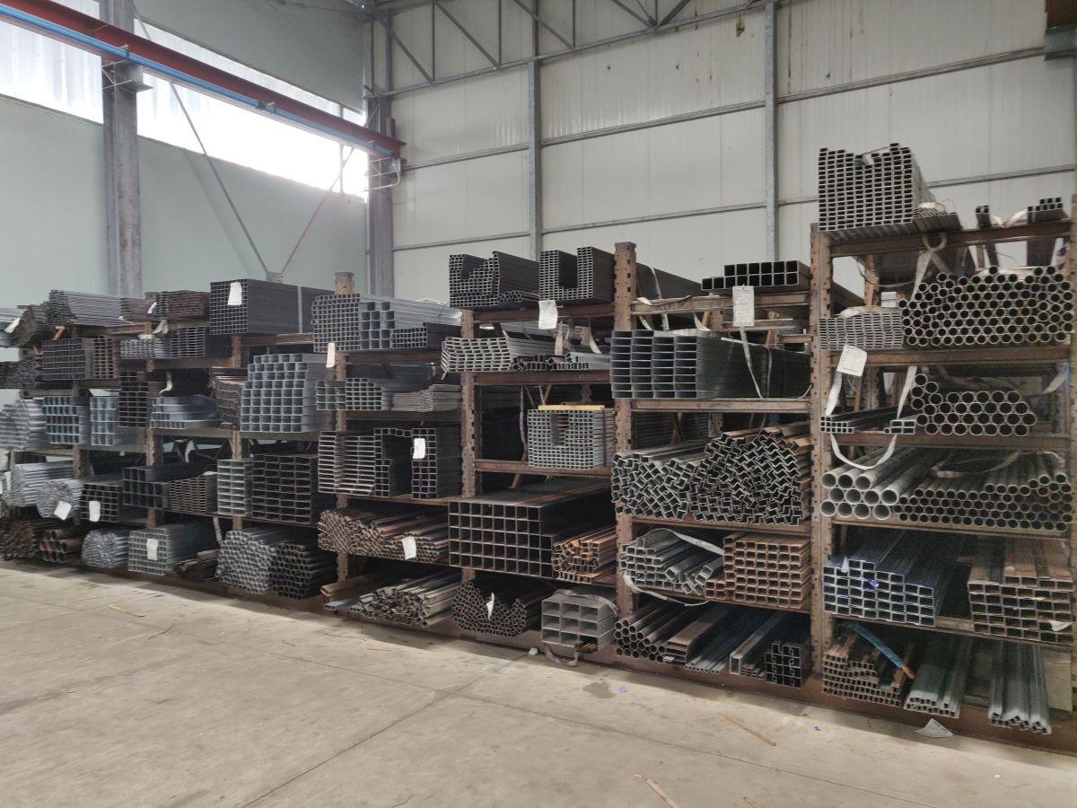 Materiale-siderurgico-melacca (1)