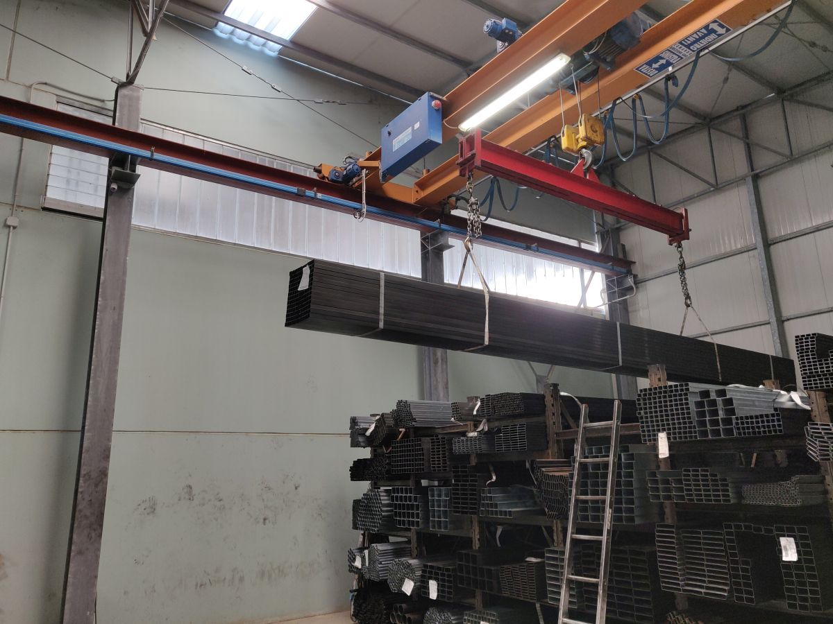 Materiale-siderurgico-melacca (2)